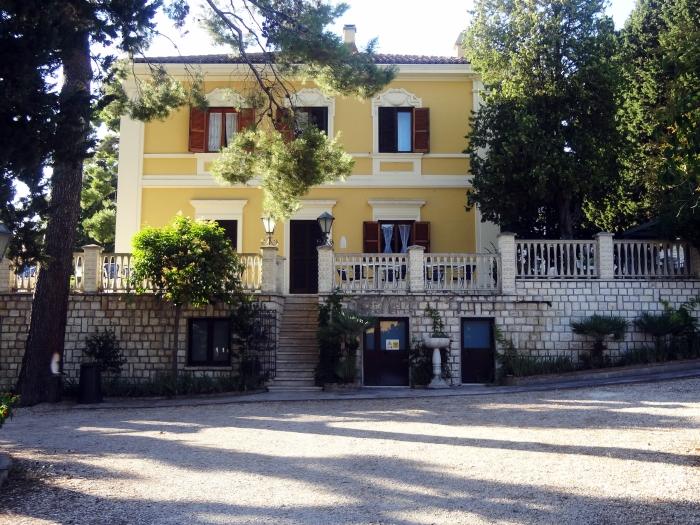 Sirolo's House B&B